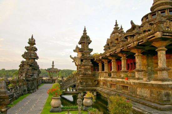Индонезия Фото -1