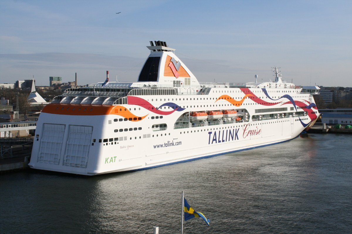 http://pptravel.ru/sites/default/files/files/ferries/parom/baltic_queen_in_tallinn.jpg