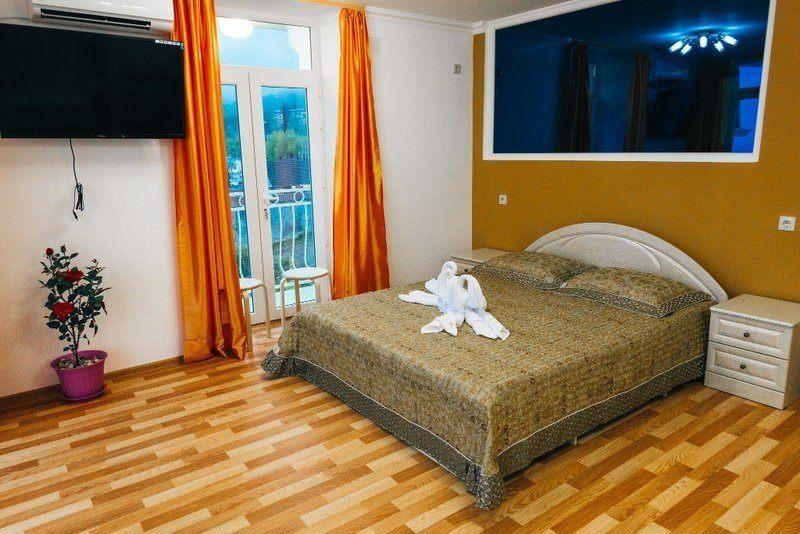 отели на берегу моря абхазия цены