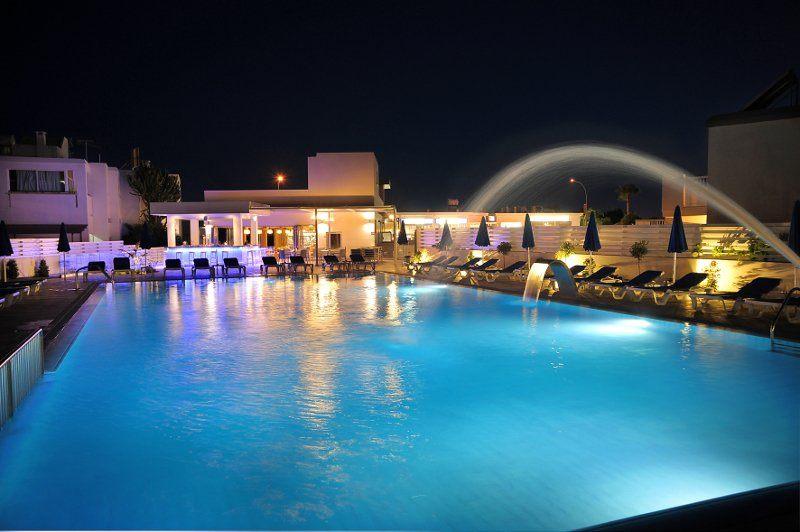 EURONAPA HOTEL APARTMENTS. Фото -2