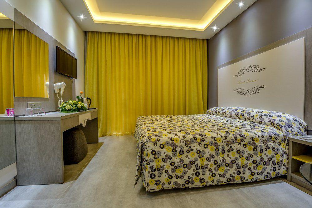 NICOLAS COLOR HOTEL. Фото -14