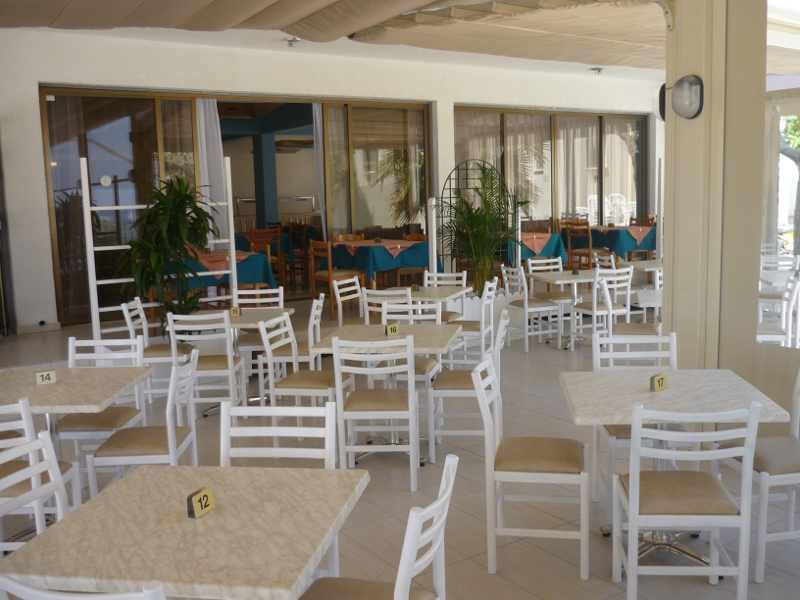 PINELOPI BEACH HOTEL APTS. Фото -7