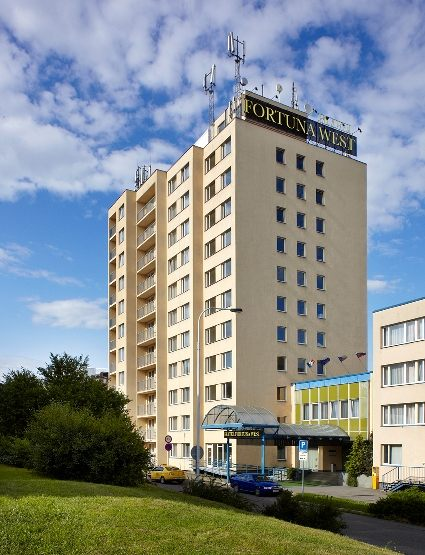 FORTUNA HOTEL WEST. Фото -0