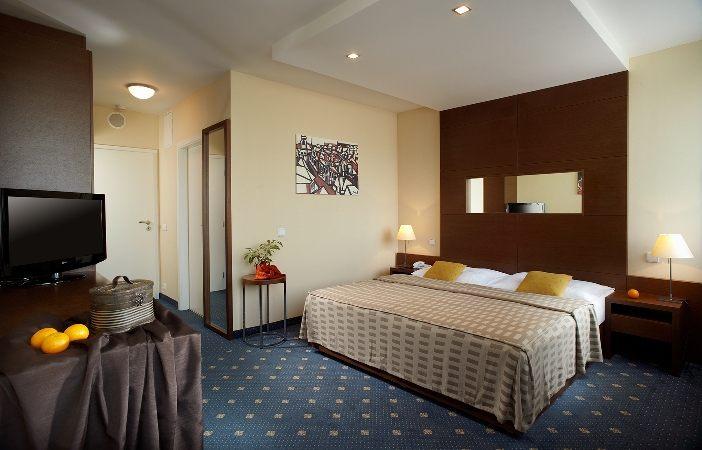 FORTUNA HOTEL WEST. Фото -7