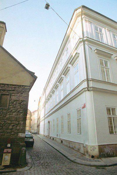 JEROME HOUSE