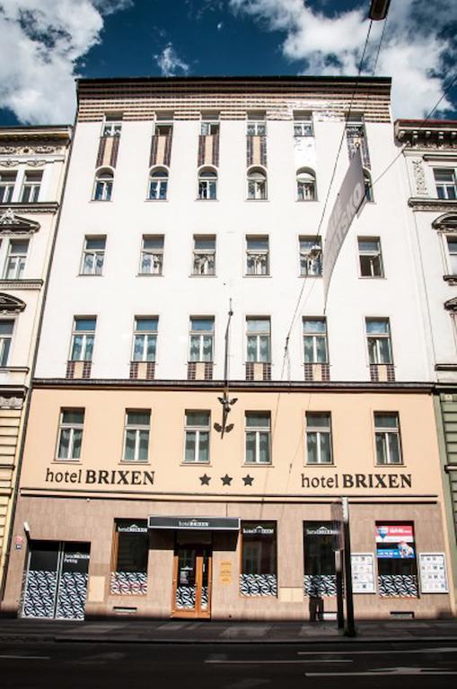 BRIXEN. Фото -1