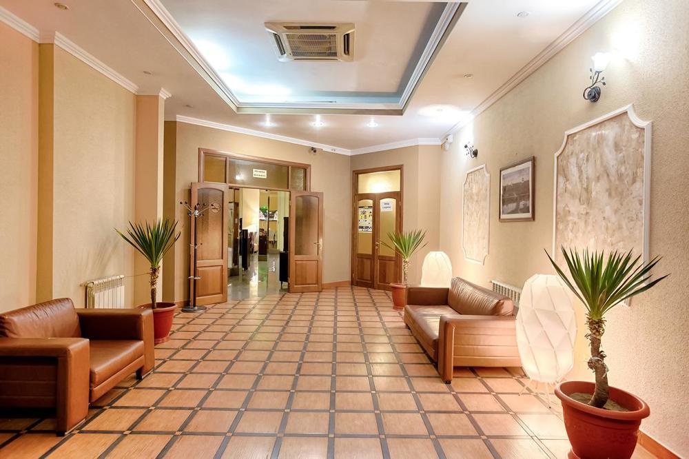ТРОЙКА, отель. Фото -9