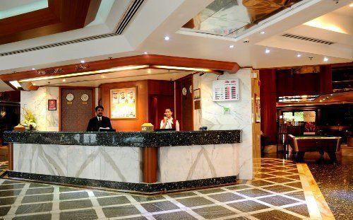 ADMIRAL PLAZA HOTEL. Фото -1